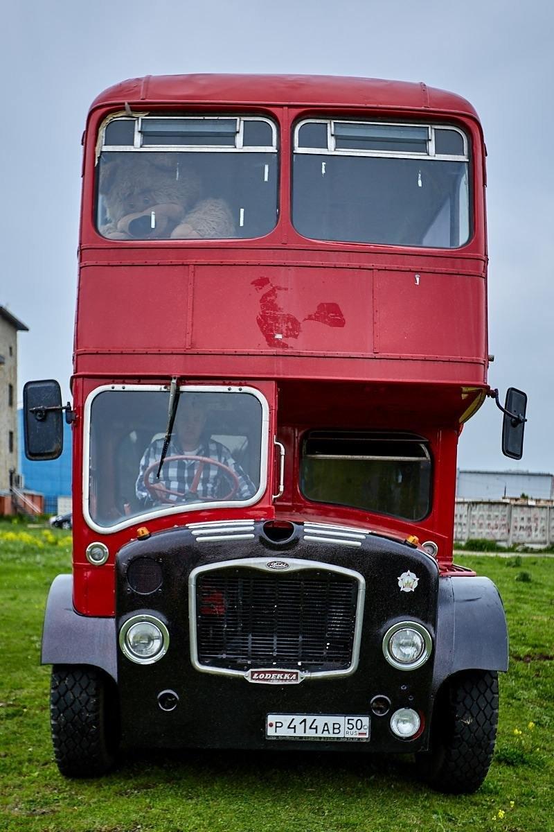 Предлагаем заказать уникальный клубный автобус