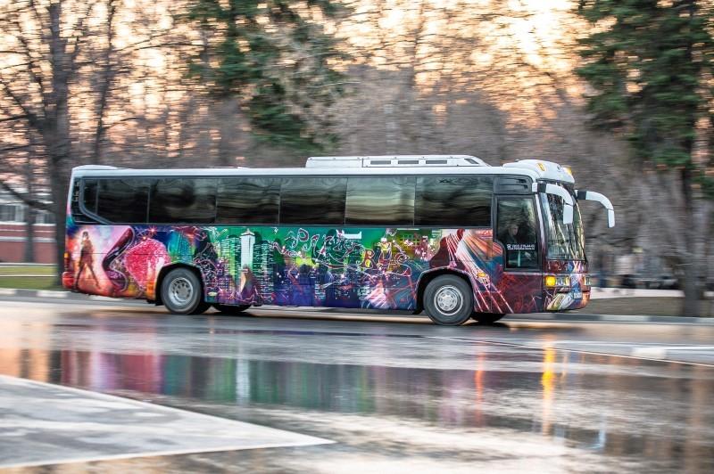 Диско-автобус Мега Пати Бас