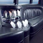 Детали интерьера клубного автобуса Форд F550